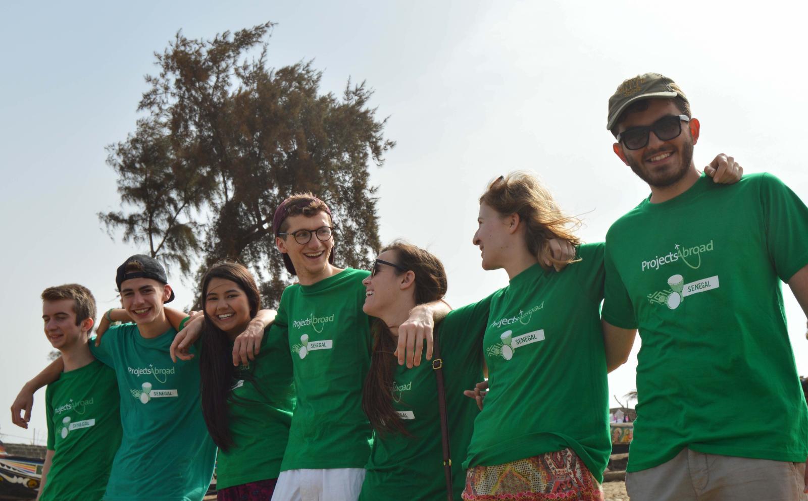 Antiguos voluntarios divirtiéndose en Senegal.